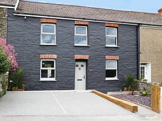 Newquay Palm 2 Bed Apartment