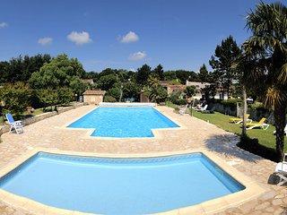 Gîte 4 personnes avec piscine chauffée - Chestnut