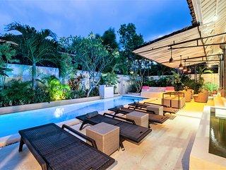 ❤ $150 NEW 4BR   Pool   Hot TUB   WIFI   2 Kitchens   7 mins Beach