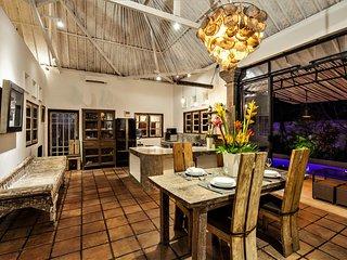❤$120 SEMINYAK 3BR Private Pool Villa | Hot TUB | 7 mins Beach ✔