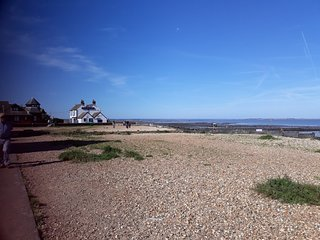 Whitstable Cottage nr. the sea, beach,shops. Booking September and Winter now.