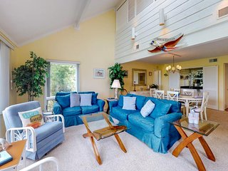 NEW LISTING! Oceanview villa w/shared pool, Beach Club access & nearby tennis