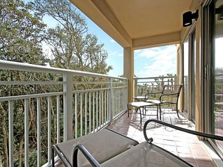 NEW LISTING! Spacious waterfront condo w/ easy access to the beach & village