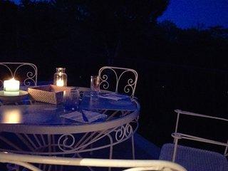 Casa vacanza in pineta,  nell'isola di Ischia , tra Porto e Ponte