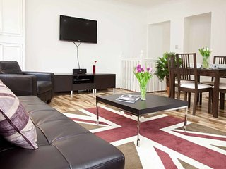 Gorgeous 2 Bed Flat w/Sofa Bed near Marble Arch