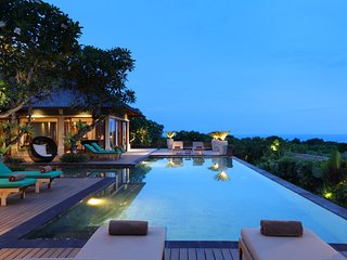 Award Winning Villa in Cliff Top Nusa Dua-4 Bedrooms with Private Pool