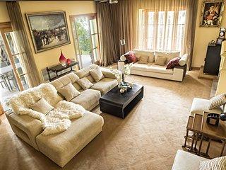 Luxurious Villa in Marbella Hill Club - Selena