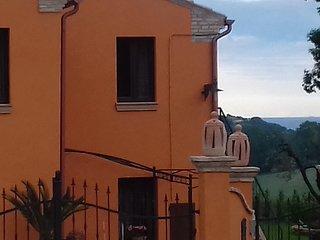 Casa la Concia , la collina vicino al mare