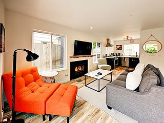 1BR Cottage + Bonus Room, Walk to Pleasure Point – Discounted Wine Passport