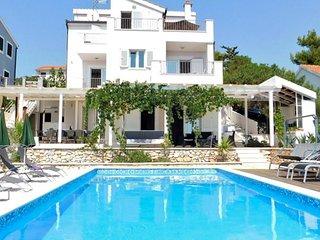 5 bedroom Villa in Zaglavice, Splitsko-Dalmatinska Zupanija, Croatia : ref 56305