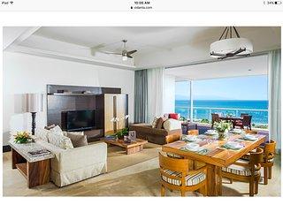 Grand Luxxe Two Bedroom Villa - Platinum Amenity Privileges (Resort week 30)
