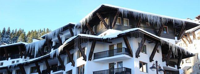 Private Ski-in Ski-out Apartment in the Grand Monastery Aparthotel Complex
