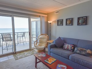 Direct ocean front living room and master bedroom