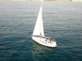 Alquiler de barco velero bavaria 39 cruiser con capacidad 8 personas en Mallorca