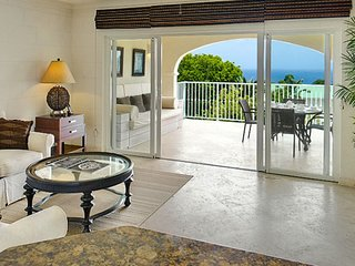 Royal Apartment 133 - Caribbean Queen - Near Ocean * Located in  Wonderful Saint