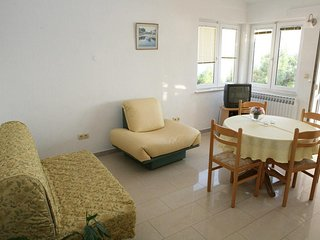 One bedroom apartment Brela, Makarska (A-13052-e)