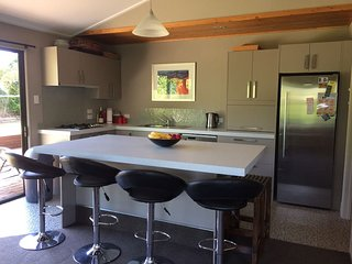WORSLEY HOUSE - *Central Location*High Speed Wifi*