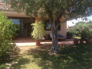 Villa con ampio giardino 100mt dal mare