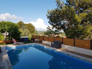 Villa 120m² /T4/ Piscine/ Billard idéale famille