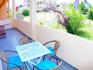 Holiday apartment Mea, 500m from the beach