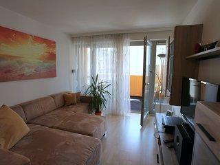 Freundliche ruhige Wohnung mit Balkon nähe Donau Kanal