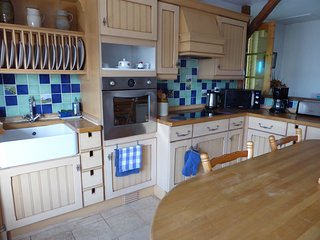 Kitchen / Diner fully equiooed eye level oven, electric hob