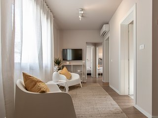 Venice Smile Apartment 3 by H-Fast