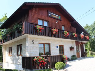 Apartment Bramado: Two-Bedroom Apartment only 5 km from famous Plitvice Lakes