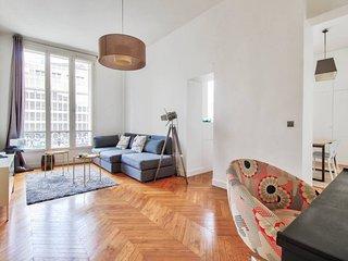 Faubourg Saint Honore - Prestigious Haussmann apt