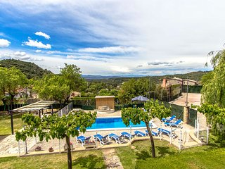 Catalunya Casas: Villa Rellinars for 11 guests, in the lush Catalonia countrysid