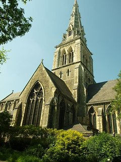 The iconic Gothic and medieval parish St Giles church, commented on in the famous Doomsday book.