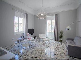 Ortigia Casa Fab -marble apartment