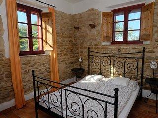 Schlafzimmer 1 mit großem Bett  160x200m