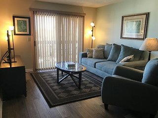 St. Augustine Ocean and Racquet 1306, Steps to the Beach, 2 Bedroom Condo