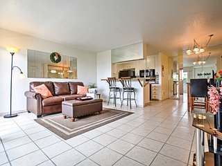 Oceanside Condo w/ Patio, Just Steps to the Beach!