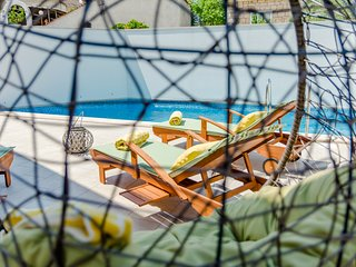 Villa Stone Pearl - Two Bedroom Holiday House with Pool