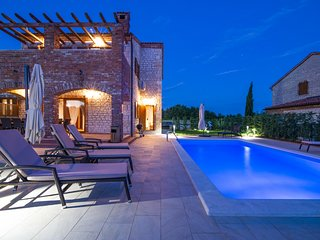 Istrian villa Maiya with Pool and 4 Air Conditioning units