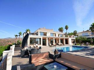 Nikki luxury villa