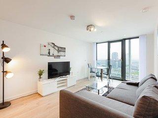 Modern 1 bed apartment 2 mins to Stratford tube