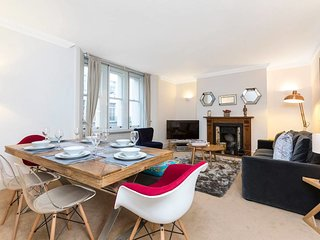 Amazing 2 Bed/2 Bath Flat near Baker Street