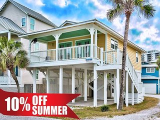Summer Avail! Near Beach + FREE Golf, Fishing, Dolphin Cruise, Paddle Boardin