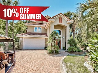 GULF VIEW Destiny East Home w/ Hot Tub, FREE 6 Seater Golf Cart & VIP Perks!!