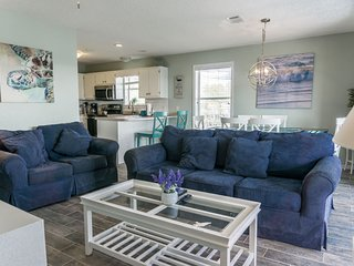 Beachside Villas 933 | Pet Friendly!