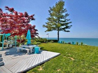 Niagara Lakefront Charm