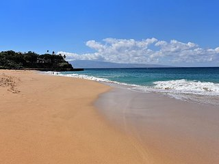 Maui El Dorado J 109- Studio- Walk to Kaanapali Beach and Black Rock