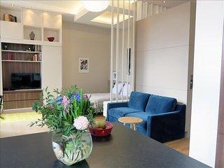 Design Marais Temple apartment in 03ème - Temple - Le Marais with WiFi.