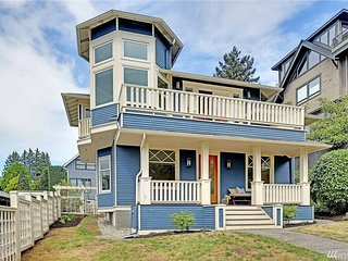 Endless views. master suite. Character. walkable. with yard / patio. 2 car pkng