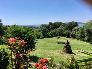 VILLA 6 PERSONNES 'A CASA DI MAMMO'  a 400 metres de la plage du Pero a CARGESE