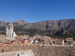 Ca Pep casa de vacaciones ,pueblo de Benimantell, valle de Guadalest.