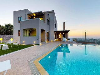 Panthea Seaview Villa With Heated Pool, Nerokourou Chania